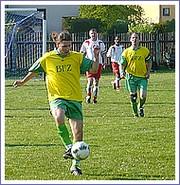 Zo zápasu Jovice - Rožň. Bystré 2:2 (0:0). Foto: P. Urban